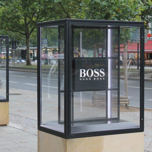 Außenvitrine Boulevard aus Glas
