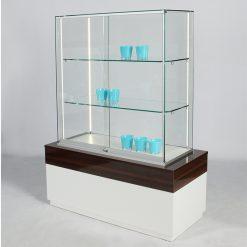 Elegante Glasvitrine aus Glas